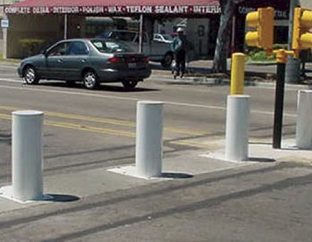 Model B30 Crash Bollards
